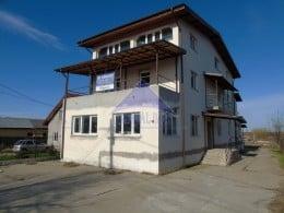 Vila 9 camere Ciolpani, la 250 m din DN1