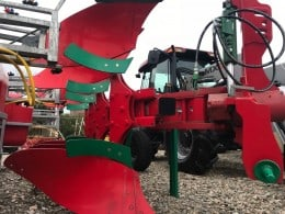 Pluguri noi reversibile Agro-Masz cu 4 trupite