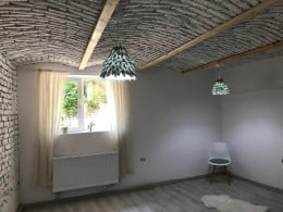 Nivel in vila, completat de stilul rustic si al romantismului