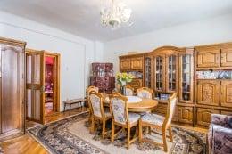 Casa + spatiu comercial, conditii speciale, pozitie apreciabila, Brasov