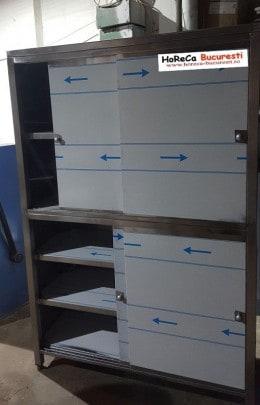 Dulap inox vertical cu 4 usi  si 3  polițe